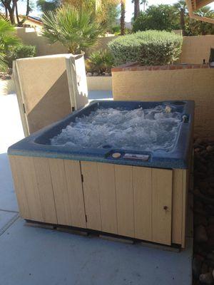 HOT TUB LX1500 Single Pump for Sale in Scottsdale, AZ