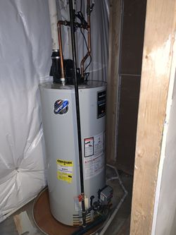Gas water Heater, good condition for Sale in Fairfax,  VA