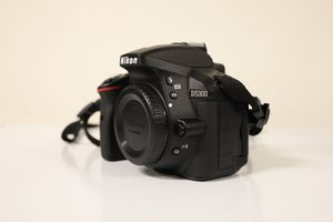 Nikon D5300 24.2 MP DSLR camera w/ lenses for Sale in Dublin, CA