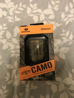 Camping out door wireless Bluetooth speaker obo for Sale in Los Angeles, CA