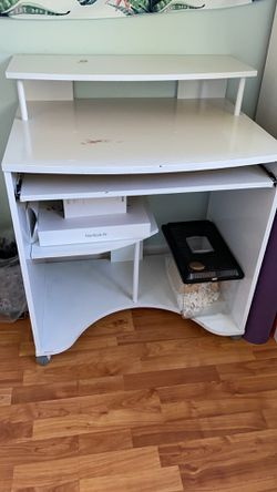 White ,Kids Desk for Sale in Cupertino,  CA