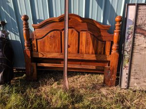 4 Post wood bed frame for Sale in Peck, KS