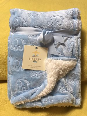 Blue Luxury Sherpa Baby Blanket With Elephant Designs for Sale in Sioux Falls, SD