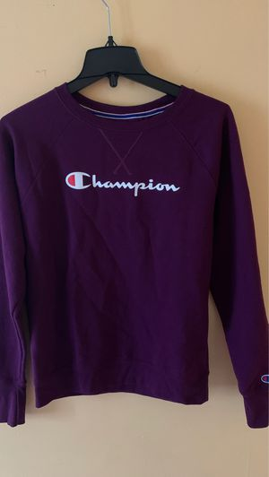 Champion hoodie\sweat shirt for Sale in Columbus, OH