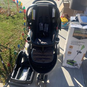 Stroller With car seat Attachment for Sale in Sylmar, CA