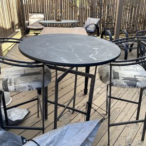 High Top Table With Chairs for Sale in Morrison, CO