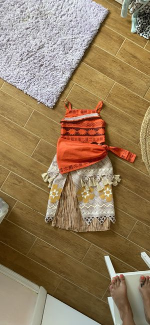Disney Moana costume 7/8 for Sale in St. Petersburg, FL