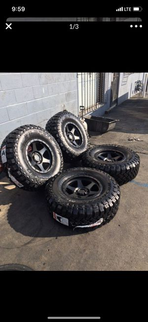 """New set of nice wheels 🤩🤩off-road side 17"""" Tires 35"""" Falken MT NEW for Sale in San Diego, CA"""