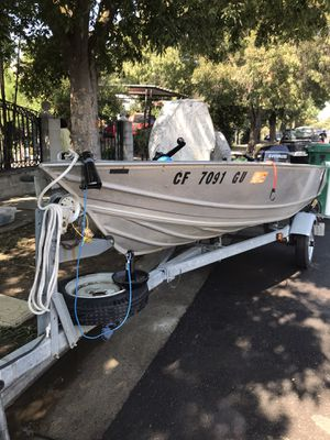 13'GREGOR welded 6 hp Evinrude low hrs for Sale in Stockton, CA