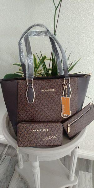 Brand new womens handbag 3 piece set for Sale in Las Vegas, NV