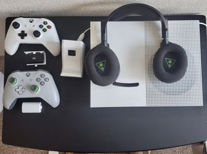 Xbox One S Equipment Bundle for Sale in Houston, TX