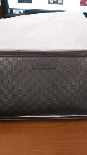 Authentic Womens gucci print carrisma long wallet for Sale in Alameda, CA