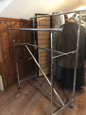 Retail garment rack with two rods and wheels for Sale in Oklahoma City, OK