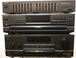 Technics Reciever, 5 Disc CD Player, and Equalizer for $40 for Sale in Portland, OR