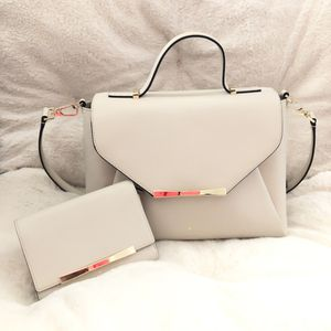 Kate Spade Matching Set Handbag and Wallet for Sale in Las Vegas, NV