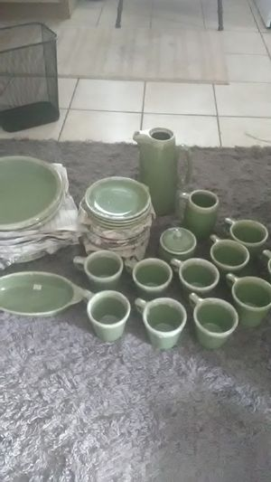 Hull Avocado Green oven proof dinnerware for Sale in Townville, SC