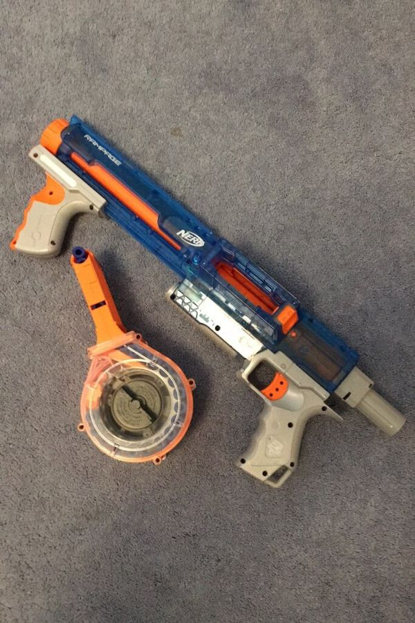 Nerf Rampage nerf gun (willing to negotiate) darts included