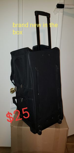 Duffel bag bolsa maletas duffle luggage suitcase brand new for Sale in Burbank, CA