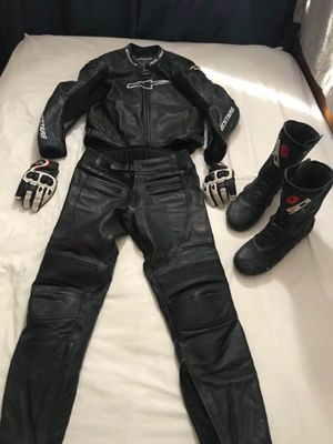 motorcycle suit for Sale in San Jose, CA