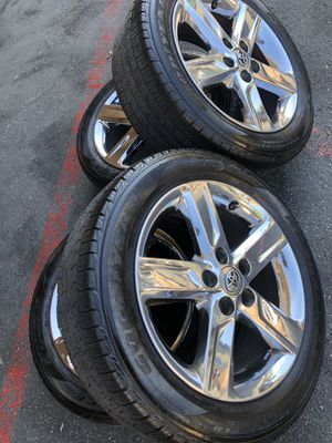 Rims tires 17 5x114.3 oem Toyota Camry Tpms sensors for Sale in Santa Ana, CA
