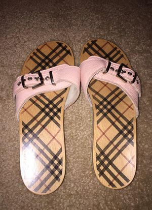 100% Authentic Burberry Slides sz 8 39 for Sale in Houston, TX
