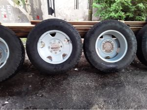 """17"""" tires with rims for Sale in Coconut Creek, FL"""