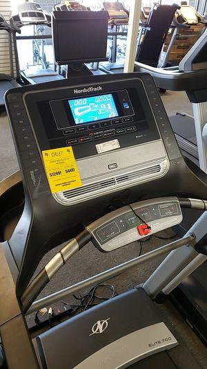 2019 Nordictrack elite 700 treadmill! Like new for Sale in Glendale, AZ
