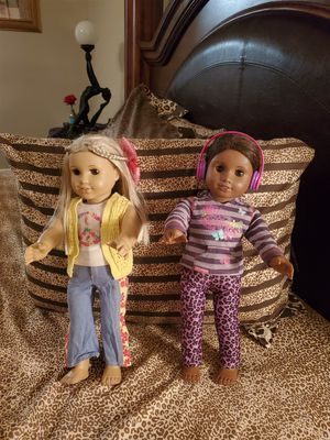 2 American girl dolls, for Sale in Kissimmee, FL