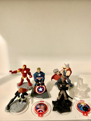 Disney infinity captain America battle grounds version bundle offer includes nick fury, black widow, thor, and iron man for Sale in Norwalk, CA