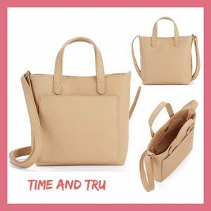 NWT Time & Tru Tan Tote Crossbody for Sale in WDM, IA