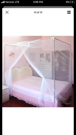 Free queen mesh canopy for Sale in Vancouver, WA