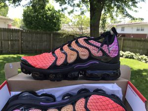 Nike Air Vapormax Plus Sz 10 for Sale in Glenwood, IL