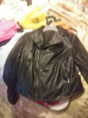 New leather jacket new small for Sale in Murfreesboro, TN