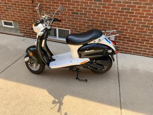 2008 moped 50 for Sale in Dearborn Heights, MI
