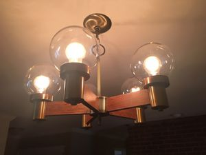 HANDSOME RETRO BRASS & WOOD 5 GLOBE CHANDELIER for Sale in Columbus, OH