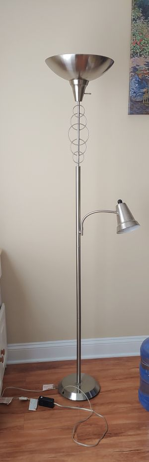 Floor lamp for Sale in Wheeling, IL