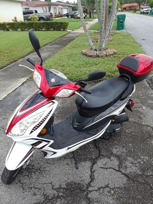 2017 scooter for Sale in Pembroke Pines, FL