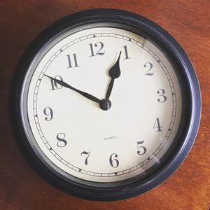 """10"""" wall clock for Sale in Chicago, IL"""
