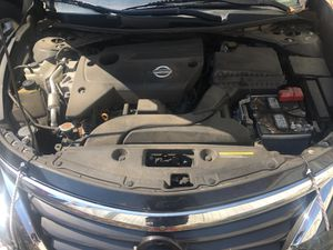2015 Nissan Altima selling car parts engine willing to sell for 500 runs great 72,000 miles for Sale in New York, NY