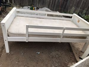 Twin size bed and mattress for Sale in Oroville, CA