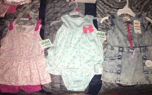 Baby girl (BRAND NEW)BUNDLE Clothing or separate !NOT FREE for Sale in Taunton, MA