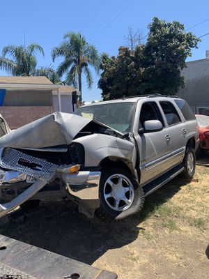 2006 GMC Yukon part out for Sale in Lynwood, CA