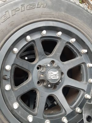 5 jeep tires and rim's practically new 5 lugs for Sale in Garland, TX