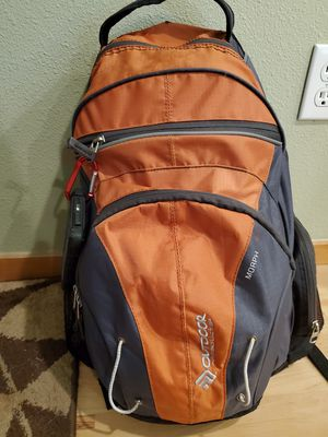 Nice Hiking Backpack for Sale in Tumwater, WA