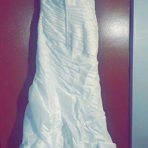 Wedding Dress for Sale in Meriden, CT