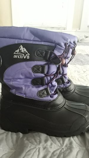 Snow boots for kids for Sale in Hayward, CA