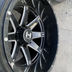 22x14 4 wheels & tires 33x12.50R22 for Sale in Gilroy, CA