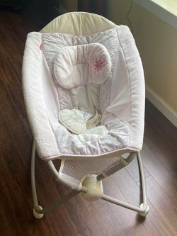 Fisher Price Rocking Baby Cradle for Sale in Fresno,  CA
