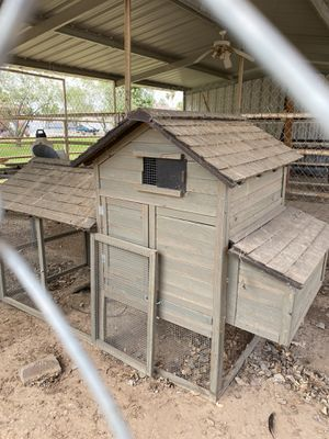 FREE Chicken house for Sale in Goodyear, AZ