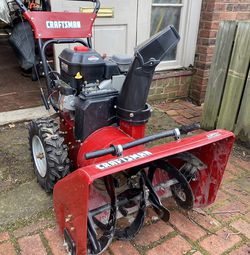 """27""""/8.5HP Craftsman Snow Thrower for Sale in Fairmont,  WV"""